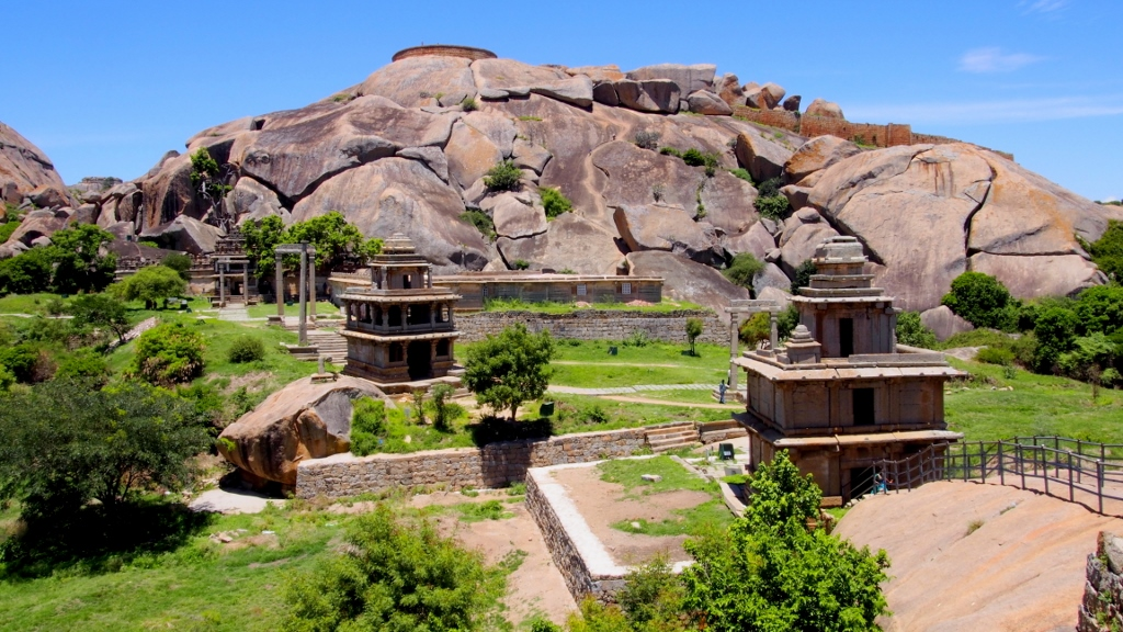Possibly the most famous view of Chitradurga